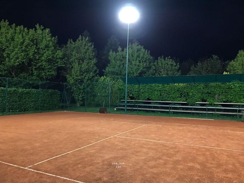 Illuminazione di qualità per i campi da tennis del circolo carpena
