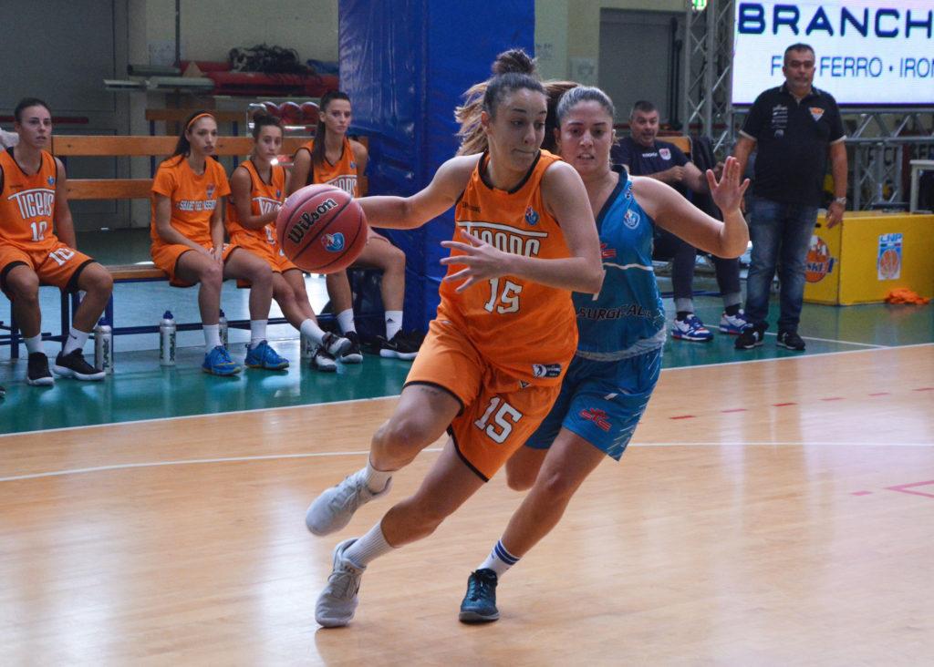 Lucia Missanelli in Azzurro!